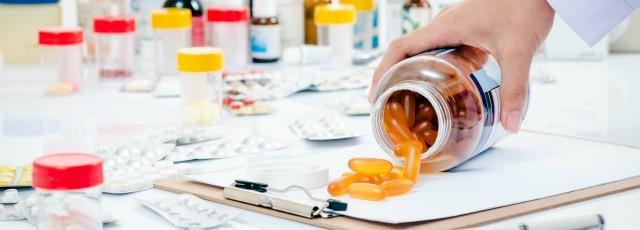 clinical-pharmacist-640x230